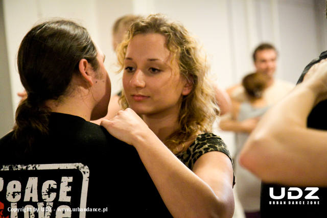 UDZ - Tańcz w Wielkim mieście! Początek kiziania w Łodzi - Relacja z pierwszych zajęć Kizomby