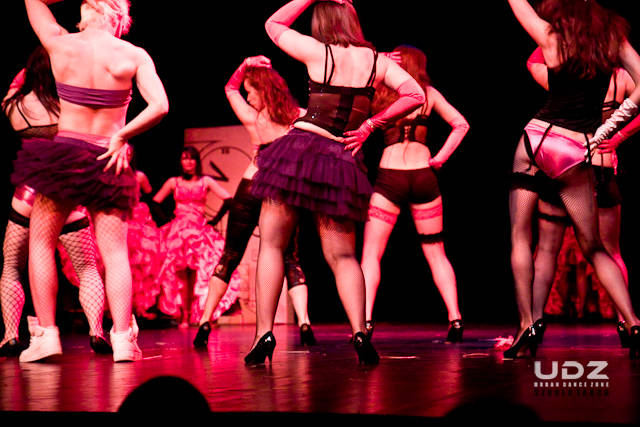UDZ - Tańcz w Wielkim mieście! Jak wytańczyć marzenia? Spektakl Wehikuł Czasu za nami
