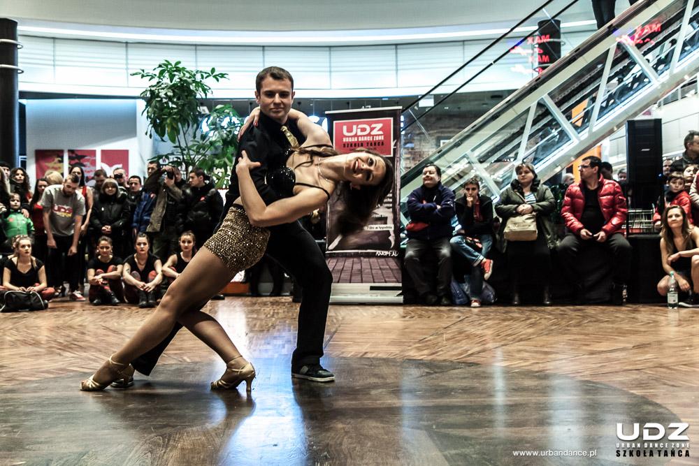 UDZ - Tańcz w Wielkim mieście! Pokazy WOŚP - 10.01.2016